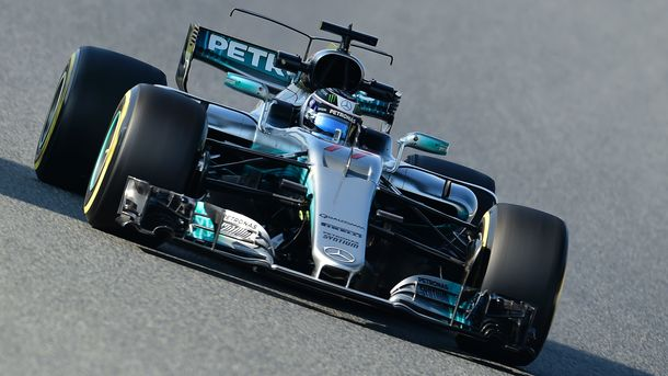 Mercedes продлил договор сВальтери Боттасом еще наодин год