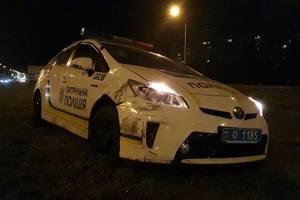 ДТП с участием полиции в Киеве: Prius вылетел с дороги