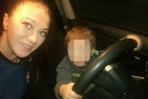 В Киеве мать двухлетнего мальчика напилась и уснула под лавкой