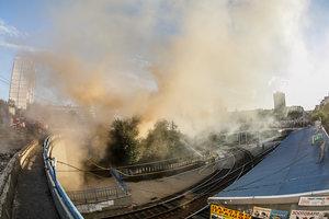 Масштабный пожар в Киеве: появились фото