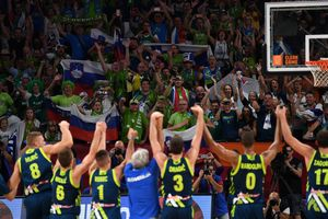 Словения сенсационно обыграла Испанию в полуфинале Евробаскета-2017