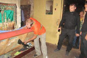 Під Києвом чоловік попався на незаконному зберіганні зброї