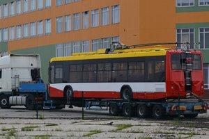 В Одессу доставили новые гибридные троллейбусы из Беларуси