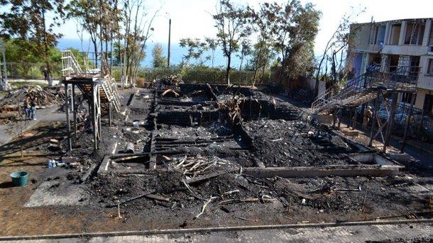 Смертельный пожар в одесском лагере: худруку погибших девочек сообщили о подозрении