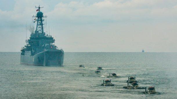 Россия и Китай проведут учения: задействуют корабли, подлодки и самолеты