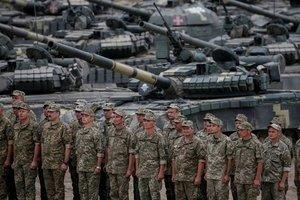 Порошенко одобрил расходы на оборону и нацбезопасность Украины