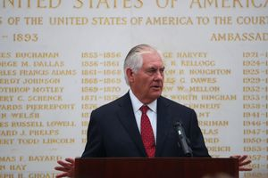 Тиллерсон призвал РФ и КНР надавить на КНДР