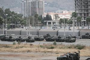 Турция стягивает военную технику на границу с Сирией