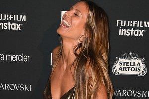 Супермодель Хайди Клум неудачно подчеркнула грудь