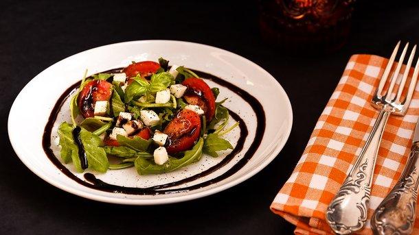 Ешьте помидоры. Фото: pixabay.com
