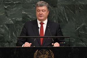 Россия использует Крым как форпост для военной операции в Сирии – Порошенко