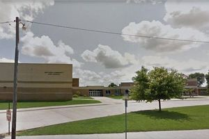 В Иллинойсе произошла стрельба в школе