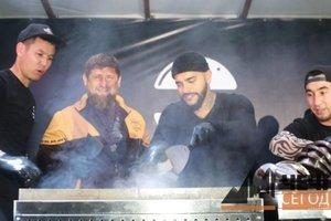 Тимати пожарил бургеры с Кадыровым