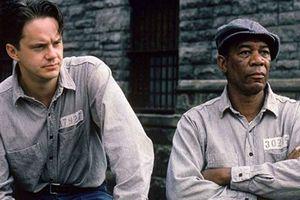 Стивену Кингу исполнилось 70 лет: ТОП-5 лучших экранизаций писателя