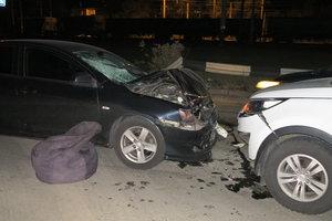В Киеве авто сбило девушку на пешеходном переходе