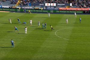 В Германии футболист наплевал на правила fair play и забил гол