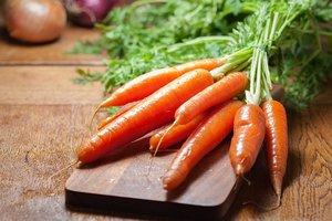 """От каких """"популярных"""" и опасных болезней помогает морковь"""