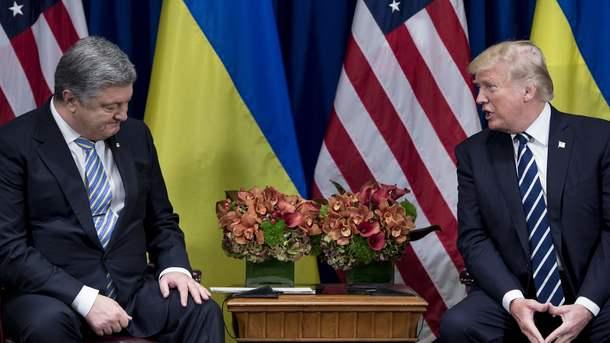 Петр Порошенко и Дональд Трамп. Фото: AFP