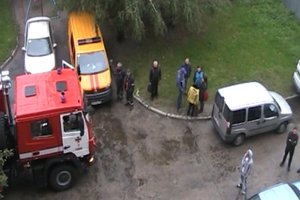 В Ровно пылала многоэтажка: спасатели вывели из огня более 35 человек