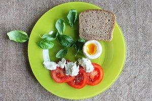 Какой завтрак лучше всего помогает худеть: диетологи рассказали