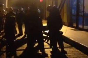 """В Одессе спасатели ищут очаг задымления на """"Привозе"""""""
