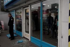 В Киеве ограбили магазин сотовой связи