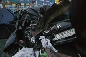 В Киеве произошло масштабное ДТП: разбились шесть автомобилей