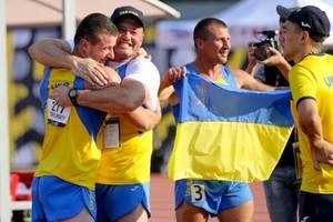 Украинские ветераны в Канаде. Фото: facebook.com/arsen.avakov/Юлия Бабич