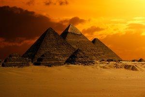 Как древние египтяне построили пирамиды: ученые нашли невероятный ответ