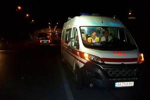 В Киеве велосипедист, пересекая шесть полос трассы, погиб под колесами авто