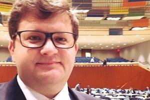 У Порошенко назвали заявление Венгрии из-за закона об образовании шантажом