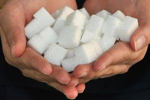 Пять самых распространенных мифов о сахаре