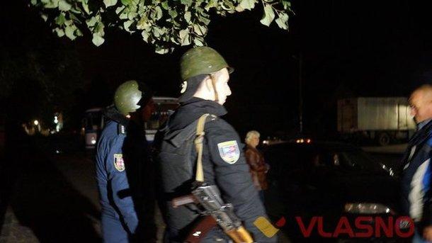 В Калиновке продолжают греметь взрывы