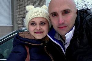 Помощница британского пропагандиста Грэма Филлипса выпала из окна в Луганске
