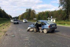 Столкновение авто  в Тернопольской области: четверо пострадавших