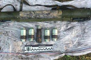 В Волынской области правоохранители изъяли у местного жителя гранату и боеприпасы