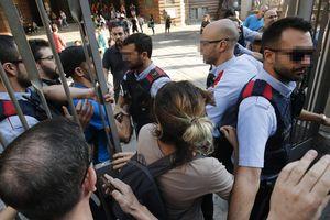 Минздрав Каталонии: число пострадавших в ходе беспорядков превысило 760 человек