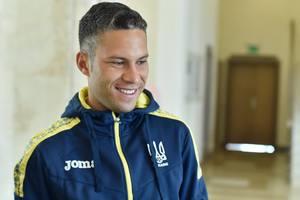 Марлос примерил форму сборной Украины