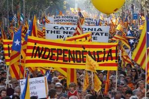 Что на самом деле произошло в Каталонии: влияние улицы и жесткая реакция Мадрида