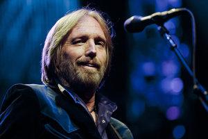 Полная остановка сердца: в США госпитализирован легендарный музыкант