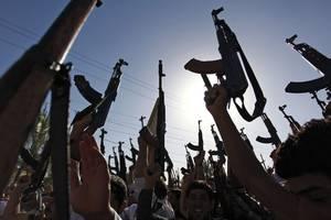 Выручка ИГИЛ от продажи нефти рухнула почти вдвое - СМИ