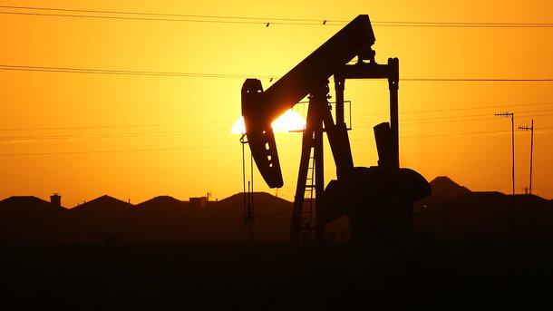 Цены нанефть начали падать
