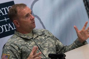 """Сдерживание России: американский генерал предложил создать """"военный Шенген"""""""