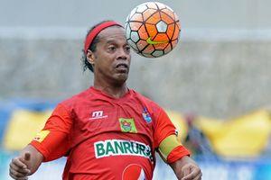 Роналдиньо может возобновить карьеру в сборной Бразилии