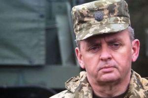 Все взрывы на военных складах в Украине имеют признаки диверсий - Муженко