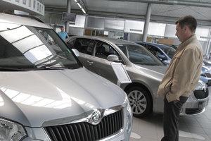 В Украине растут продажи автомобилей: что покупают украинцы и за сколько