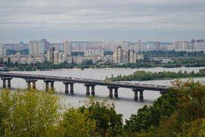 В зоне АТО стало спокойнее, а пенсии в Украине пересчитают: цифры недели