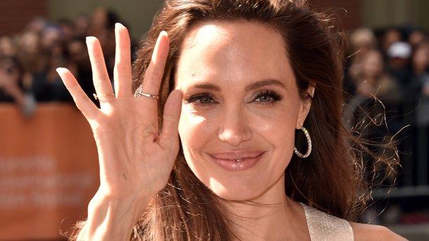 Джоли посоветовали стать приманкой для правонарушителя