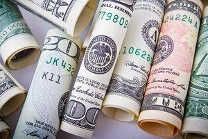 """Гривня """"отыгралась"""" за неделю: доллар резко упал"""