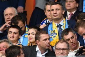 """Кличко: """"Жаль, что не зашел в раздевалку сборной Украины перед матчем с Хорватией"""""""